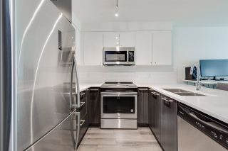 """Photo 6: 304 2525 CLARKE Street in Port Moody: Port Moody Centre Condo for sale in """"THE STRAND"""" : MLS®# R2459595"""
