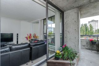 Photo 9: 402 3737 BARTLETT COURT in Burnaby: Sullivan Heights Condo for sale (Burnaby North)  : MLS®# R2072040