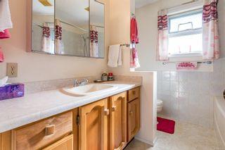 Photo 7: 2026 Hummingbird Pl in : CV Comox (Town of) House for sale (Comox Valley)  : MLS®# 858108
