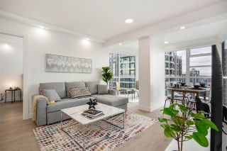 "Photo 10: 2606 939 HOMER Street in Vancouver: Yaletown Condo for sale in ""THE PINNACLE"" (Vancouver West)  : MLS®# R2555525"