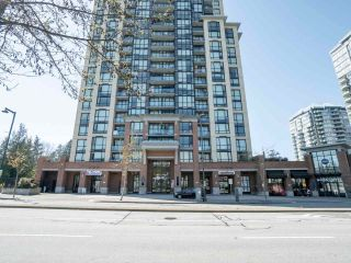 """Photo 1: 902 10777 UNIVERSITY Drive in Surrey: Whalley Condo for sale in """"Citypoint"""" (North Surrey)  : MLS®# R2569333"""