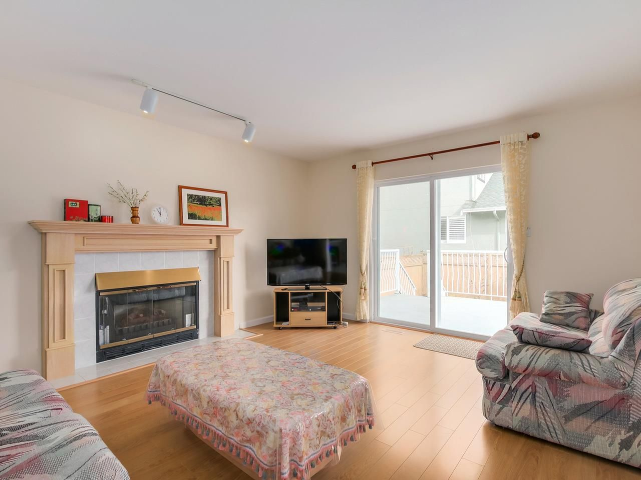 Photo 10: Photos:  in North Vancouver: Tempe House for sale : MLS®# R2048057