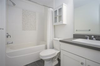 """Photo 12: 418 4550 FRASER Street in Vancouver: Fraser VE Condo for sale in """"CENTURY"""" (Vancouver East)  : MLS®# R2415916"""