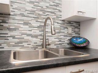 Photo 9: 108 1012 Collinson St in VICTORIA: Vi Fairfield West Condo for sale (Victoria)  : MLS®# 725070