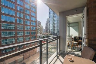 "Photo 17: 905 788 RICHARDS Street in Vancouver: Downtown VW Condo for sale in ""L'Hermitage"" (Vancouver West)  : MLS®# R2458988"