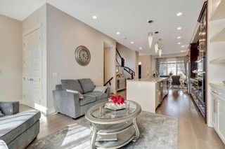 Photo 12: 1235 Rosehill Drive NW in Calgary: Rosemont Semi Detached for sale : MLS®# A1144779