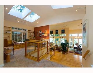 Photo 5: 1231 GOWER POINT Road in Gibsons: Gibsons & Area House for sale (Sunshine Coast)  : MLS®# V749820