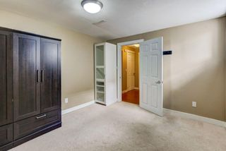 Photo 16: 1428 Rosehill Drive NW in Calgary: Rosemont Semi Detached for sale : MLS®# A1149230