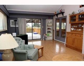"Photo 6: 5209 LYNN Place in Ladner: Ladner Elementary House for sale in ""LADNER ELEMENTARY"" : MLS®# V809720"