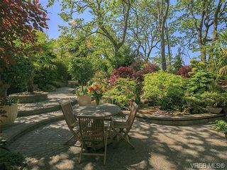 Photo 13: 951 Falmouth Rd in VICTORIA: SE Quadra House for sale (Saanich East)  : MLS®# 700520
