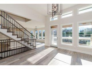 "Photo 3: 45926 BIRDIE Place in Sardis: Sardis East Vedder Rd House for sale in ""The Fairways at Higginson Estates"" : MLS®# R2220610"