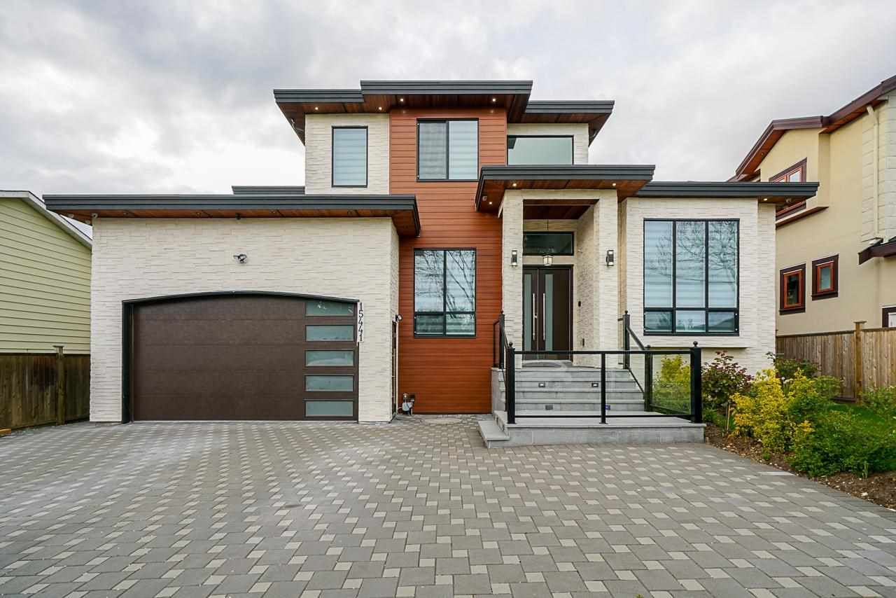 Main Photo: 15441 85A Avenue in Surrey: Fleetwood Tynehead House for sale : MLS®# R2573818