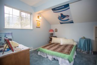 """Photo 11: 41383 DRYDEN Road in Squamish: Brackendale House for sale in """"Eagle Run"""" : MLS®# R2163949"""