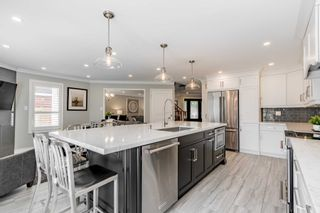 Photo 10: 23 Gartshore Drive in Whitby: Williamsburg House (2-Storey) for sale : MLS®# E5378917
