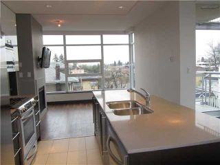 """Photo 8: 404 1088 W 14TH Avenue in Vancouver: Fairview VW Condo for sale in """"COCO"""" (Vancouver West)  : MLS®# V1044068"""