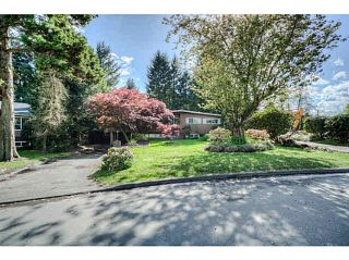 """Photo 3: 7662 KERRYWOOD Crescent in Burnaby: Government Road House for sale in """"GOVERNMENT ROAD"""" (Burnaby North)  : MLS®# V1119850"""