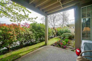 """Photo 39: 25 5221 OAKMOUNT Crescent in Burnaby: Oaklands Townhouse for sale in """"SEASONS BY THE LAKE"""" (Burnaby South)  : MLS®# R2573570"""