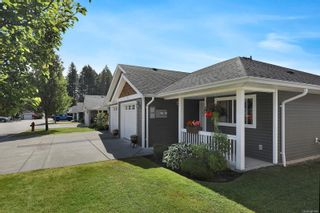 Photo 2: 3 3400 Coniston Cres in : CV Cumberland Row/Townhouse for sale (Comox Valley)  : MLS®# 881581
