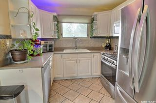 Photo 4: 313 26th Street West in Prince Albert: West Hill PA Residential for sale : MLS®# SK856132