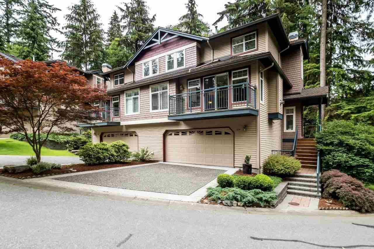 "Main Photo: 1174 STRATHAVEN Drive in North Vancouver: Northlands Townhouse for sale in ""Strathaven"" : MLS®# R2083446"