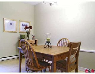 Photo 4: 3455 WRIGHT Street in Abbotsford: Abbotsford East Townhouse for sale : MLS®# F2627040
