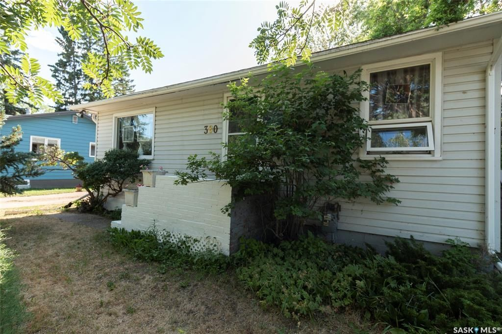 Main Photo: 380 Main Street in Asquith: Residential for sale : MLS®# SK863766