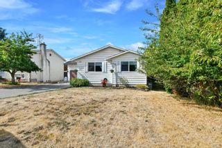 Photo 2: 4034 Elise Pl in : SE Lake Hill House for sale (Saanich East)  : MLS®# 886161