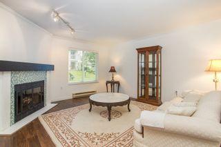 Photo 2: 3 12916 17 Avenue in Surrey: Crescent Bch Ocean Pk. Townhouse for sale (South Surrey White Rock)  : MLS®# R2453078