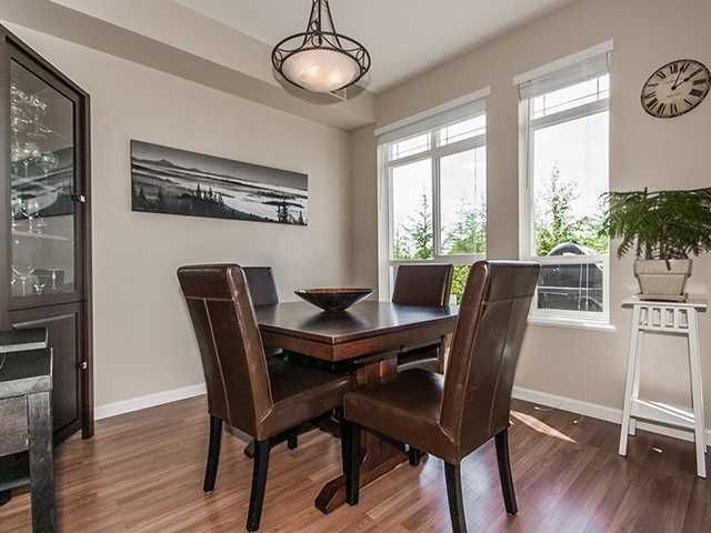 """Photo 8: Photos: 21 15 FOREST PARK Way in Port Moody: Heritage Woods PM Townhouse for sale in """"DISCOVERY RIDGE"""" : MLS®# V1057102"""