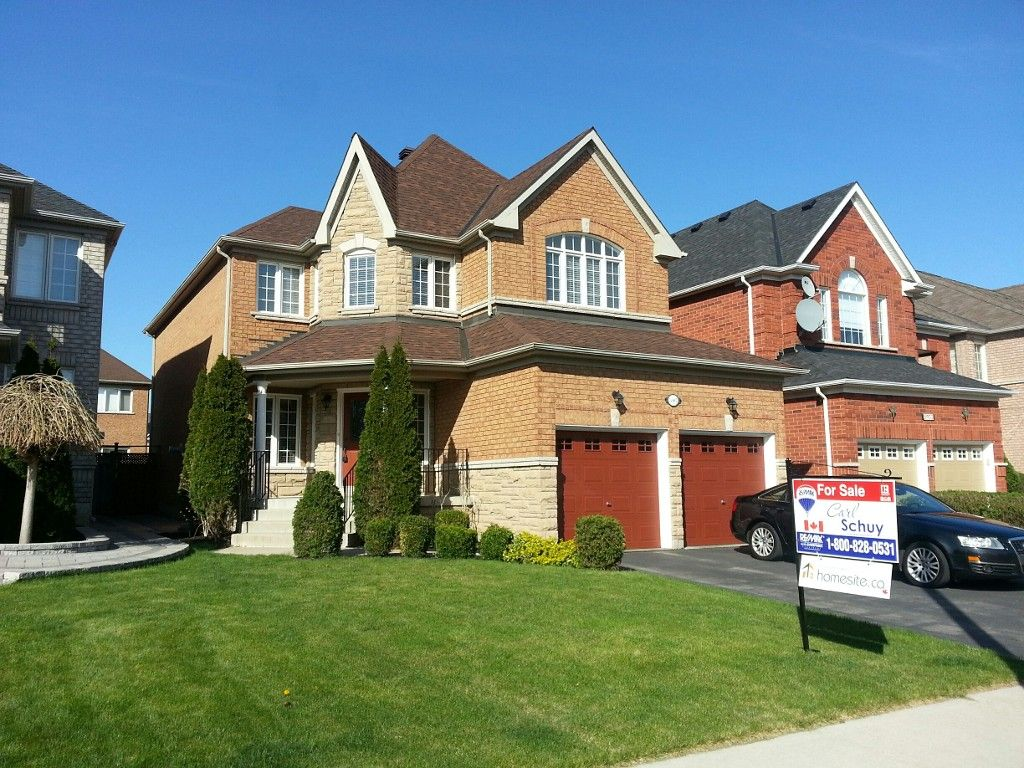 Main Photo: 5907 Bassinger Place in Mississauga: Churchill Meadows House (2-Storey) for sale : MLS®# W3189561
