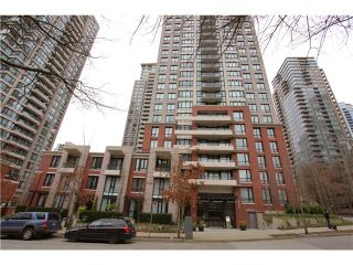 """Photo 10: 1608 909 MAINLAND Street in Vancouver: Yaletown Condo for sale in """"YALETOWN PARK"""" (Vancouver West)  : MLS®# V997068"""