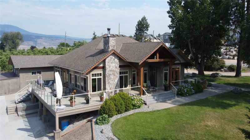 FEATURED LISTING: 2090 Amundsen Road Lake Country