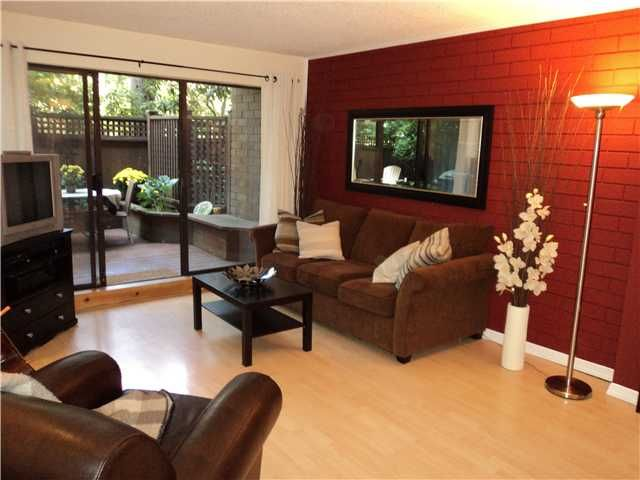 Main Photo: 107 330 E 7TH Avenue in Vancouver: Mount Pleasant VE Condo for sale (Vancouver East)  : MLS®# V846198