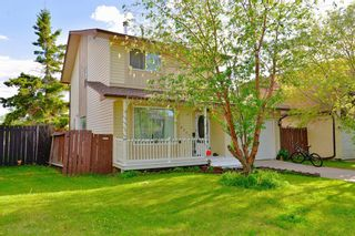 Photo 2: 8207 Ranchview Drive NW in Calgary: Ranchlands Detached for sale : MLS®# A1115978