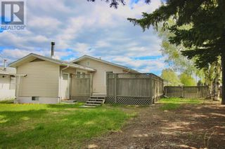 Photo 3: 102 Thompson Place in Hinton: House for sale : MLS®# A1047125