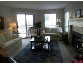 """Photo 3: 46 21848 50TH Avenue in Langley: Murrayville Townhouse for sale in """"CEDAR COURT"""" : MLS®# F2907281"""