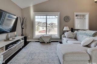 Photo 4: 602 Bennion Crescent in Saskatoon: Willowgrove Residential for sale : MLS®# SK849166
