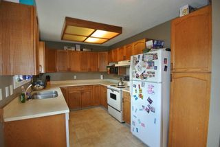 """Photo 2: 1386 BULKLEY Drive in Smithers: Smithers - Town House for sale in """"WALNUT PARK AREA"""" (Smithers And Area (Zone 54))  : MLS®# R2374804"""