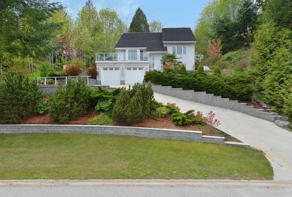 Main Photo: 6575 N GALE Avenue in Sechelt: Sechelt District House for sale (Sunshine Coast)  : MLS®# R2361659