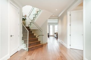 """Photo 15: 1551 ARCHIBALD Road: White Rock House for sale in """"West White Rock"""" (South Surrey White Rock)  : MLS®# R2605550"""