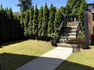 Photo 2: 1 7256 STRIDE Avenue in Burnaby: Edmonds BE 1/2 Duplex for sale (Burnaby East)  : MLS®# R2345015