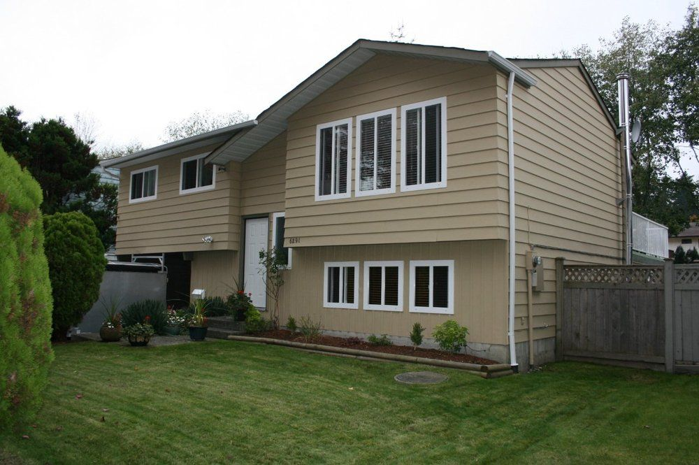 Main Photo: 6291 129A Street in Surrey: Home for sale : MLS®# F1026450