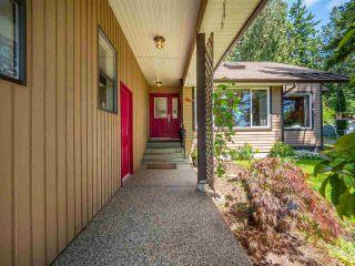 Photo 4: 5400 DERBY Road in Sechelt: Sechelt District House for sale (Sunshine Coast)  : MLS®# R2454409