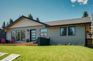 Photo 30: 139 Wildwood Drive SW in Calgary: Wildwood Detached for sale : MLS®# C4305016