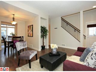 Photo 3: 117 19551 66 Avenue in : Clayton Townhouse for sale (Cloverdale)  : MLS®# F1225208