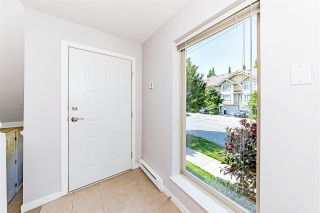 """Photo 5: 9 5388 201A Street in Langley: Langley City Townhouse for sale in """"The Courtyard"""" : MLS®# R2581749"""