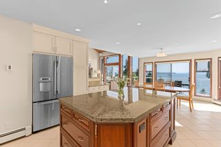 """Photo 6: 13576 13A Avenue in Surrey: Crescent Bch Ocean Pk. House for sale in """"Waterfront Ocean Park"""" (South Surrey White Rock)  : MLS®# R2606247"""