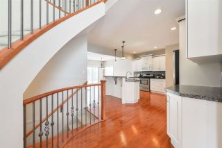 Photo 4: 1197 HOLLANDS Way in Edmonton: Zone 14 House for sale : MLS®# E4242698