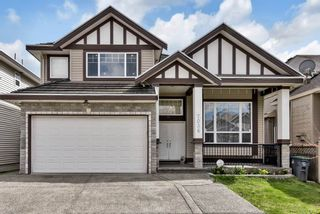 Photo 1: 7036 149 Street in Surrey: East Newton House for sale : MLS®# R2565142