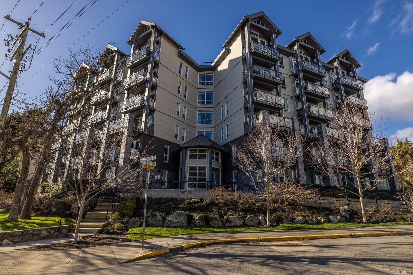 Main Photo: 202 924 Esquimalt Rd in : Es Old Esquimalt Condo for sale (Esquimalt)  : MLS®# 866750